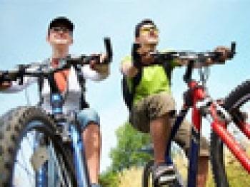 זה לא חייב להיות מסע אלונקות – לטייל עם מתבגרים